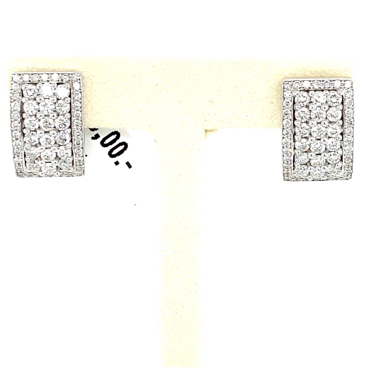 Curved rectangular Ear studs with diamonds